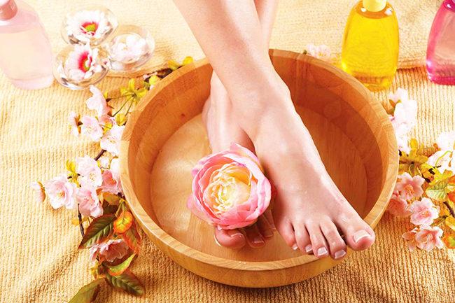 от запаха и потливости ног