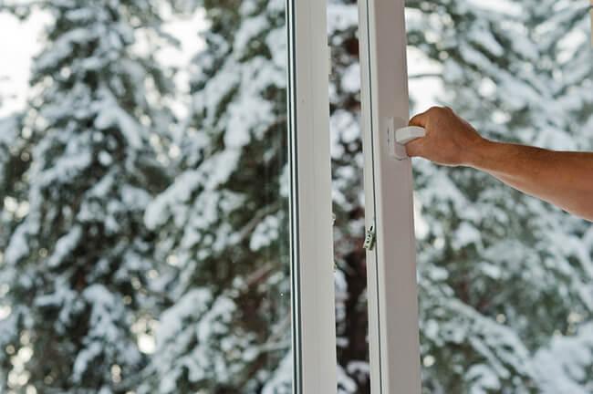 Настройка пластиковых окон на зиму - узнав этот маленький секрет, мы за зиму отлично сэкономили на отоплении.